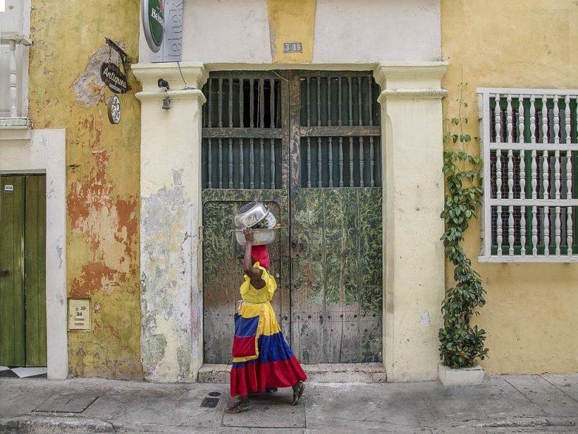 Frau in Cartagena