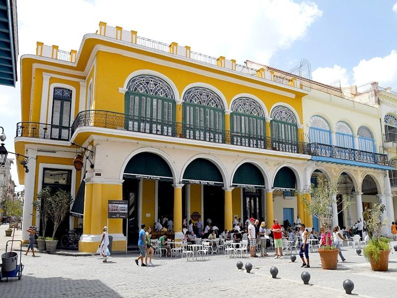 Plaza de la Vieja in Havanna